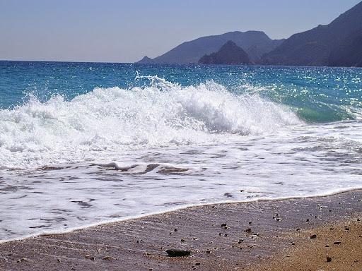 Средиземное море омывает Сицилию