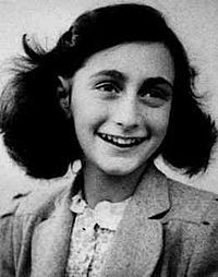 The Diary of A Young Girl Anne Frank - 9 buku paling banyak dibaca