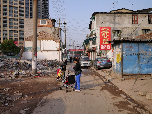 women with babies in strollers at Beizheng Street in Changsha