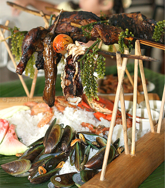 Boodle Feast at Blackbeard's Seafood Island
