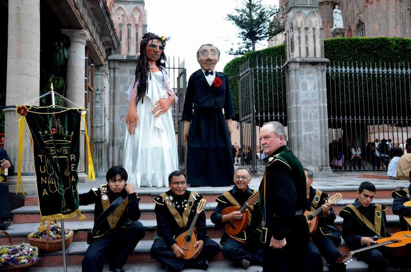 Mojigangas Bodas San Miguel de Allende