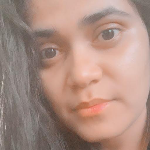 Nidhi Upadhyay Photo 10
