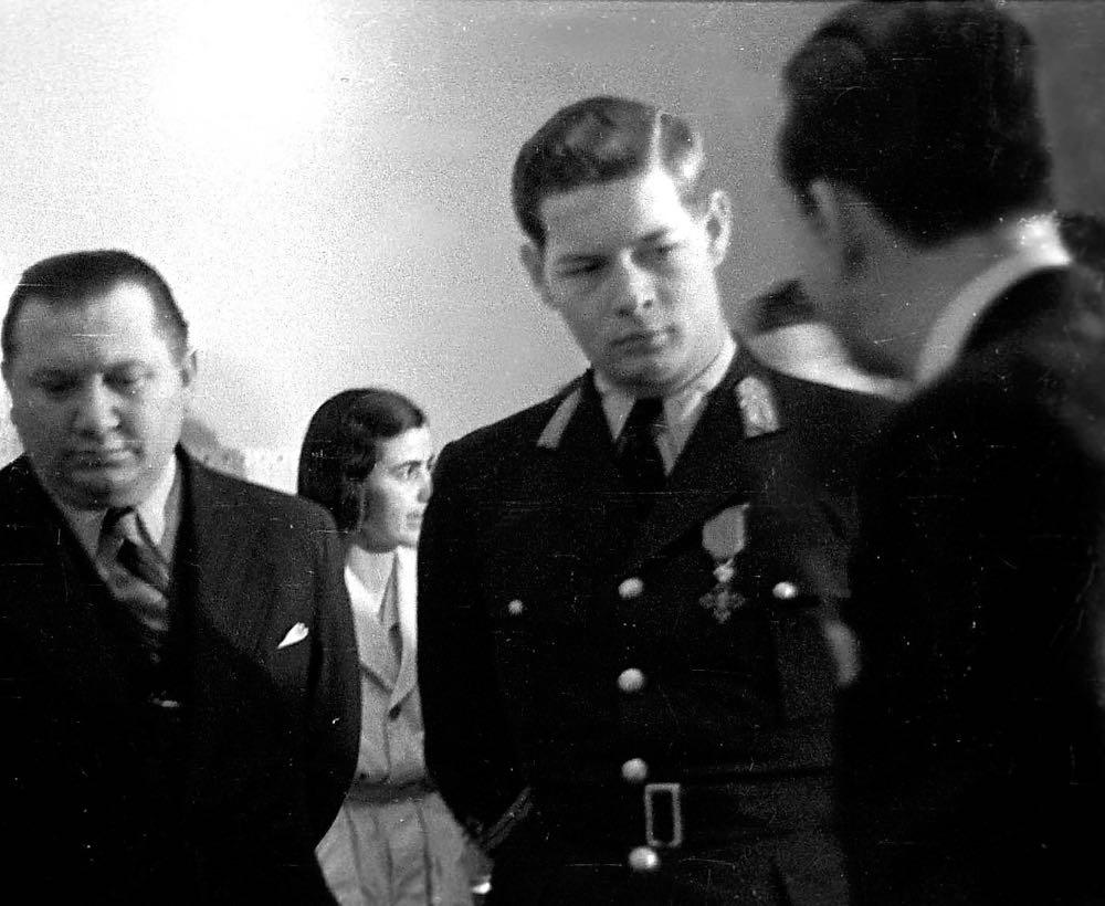 Regele Mihai I al României tânăr, în 1945