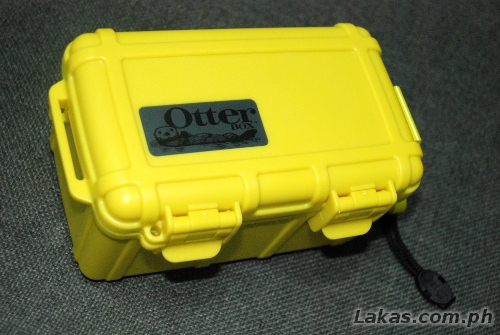 OtterBox WaterProof 2500