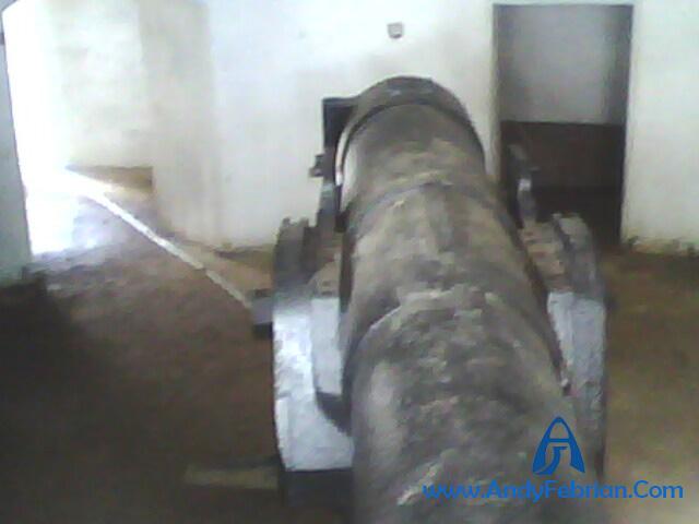 Ruangan dalam bunker