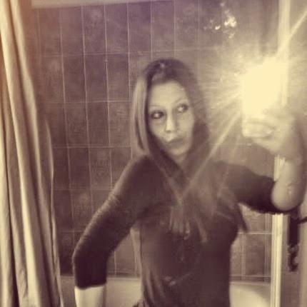 Melanie Terrien Photo 6