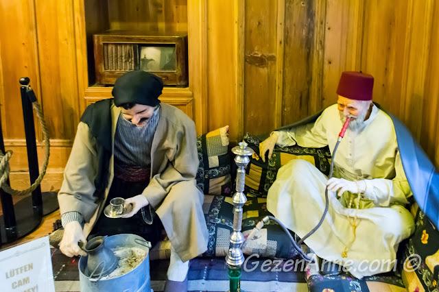 mıra ve nargile içen Gaziantepliler, Mufak Müzesi