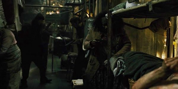 Screen Shot Of Hollywood Movie Snowpiercer (2013) Download And Watch Online Free at Alldownloads4u.Com