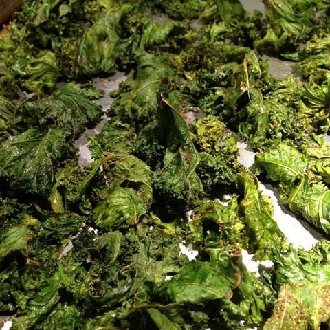 how to keep kale chips fresh and crispy