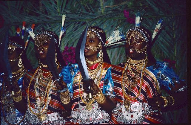 الزواج والافراح فى جيبوتى تتناغم العادات العربية والافريقية (( صور ))Djibouti  015%252520Mariage%252520afars%252520decembre%2525201990