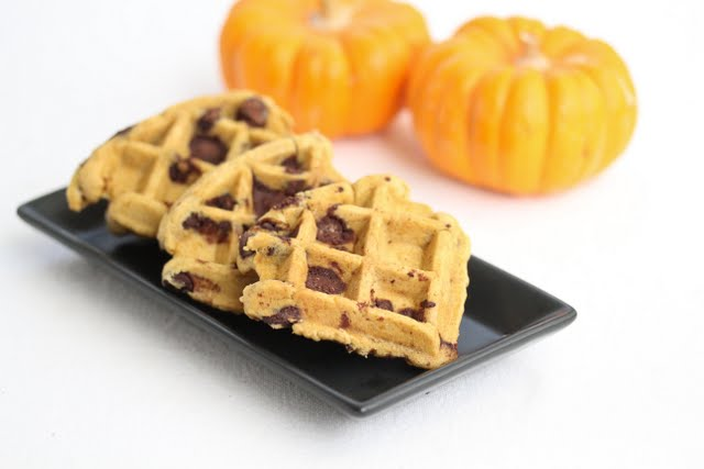 photo of three waffle cookies on a plate