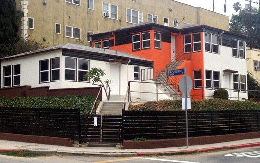 hamilton Eastside Property: Silver Lake apartment flipper is not shy about colors  photo