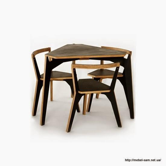 Фанерный стол и стулья - комплект для троих человек
