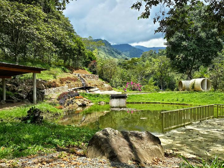 Charco Corazon Jardin antioquia