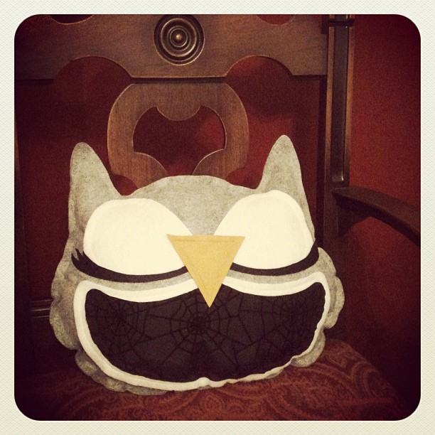 halloween owl pillow