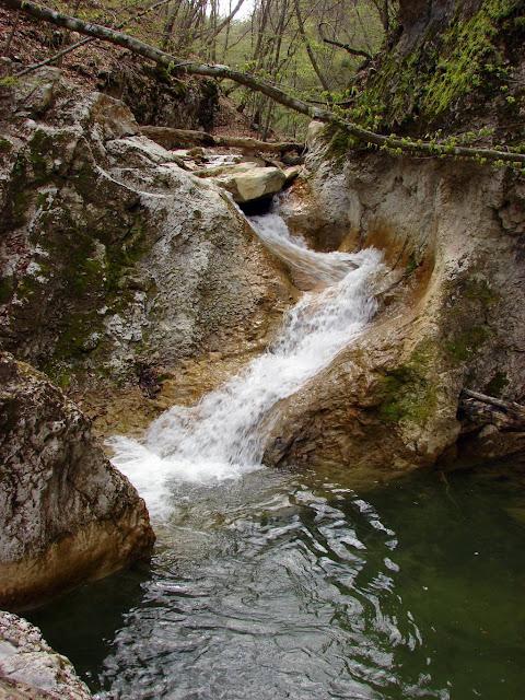 Как фотографировать водопады - Крым. Водопад в каньоне Кок-Асан.