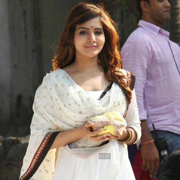 Samantha in a still from Telugu movie Sikander. (Pic: Viral Bhayani)
