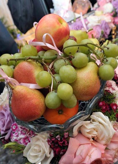 gubahan buah-buahan pertunangan irma hasmie dengan anak datuk