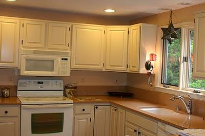 Changing Kitchen Cabinet Door Handles