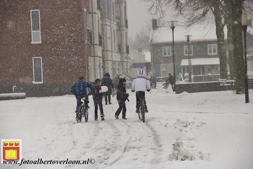 eerste sneeuwval in overloon 07-12-2012  (38).JPG