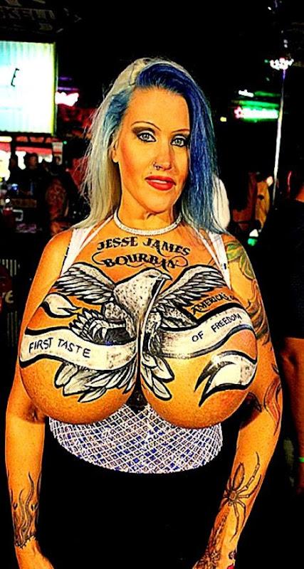 Body Art On Women  Celebrity Tattoos   Justin Bieber Tattoo