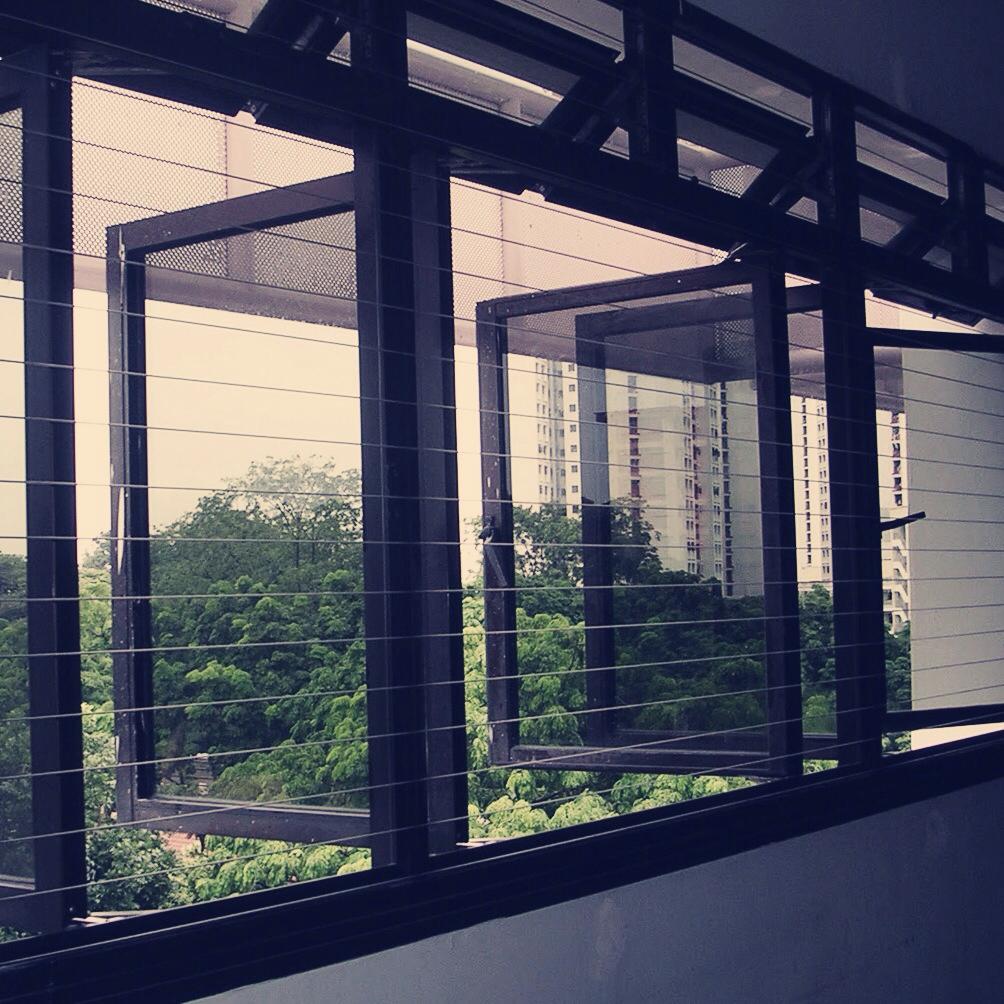 Window grille kota kinabalu - Wider Horizontal Wires Source Invisiblegrille Blogspot Com