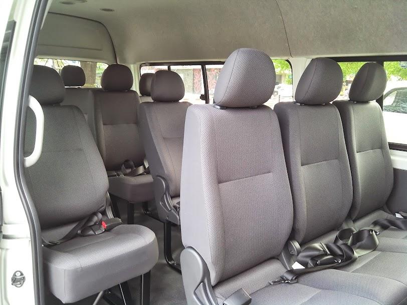 Toyota Hiace 2014 Máy Dầu - Giá Xe Toyota Hiace Mới 3