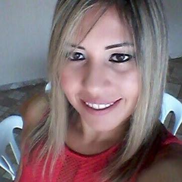 Alessandra Ojeda Photo 1