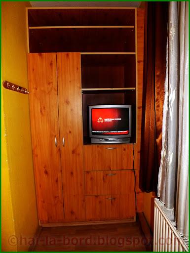 dulap tv camera 6 casa lorabella baile herculane