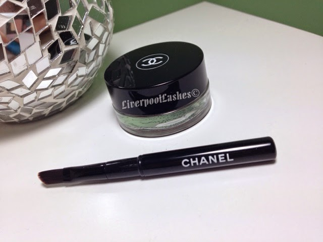 Chanel Illusion D'Ombre Long Wear Luminous Eyeshadow In New Moon liverpoollashes beauty blog liverpool
