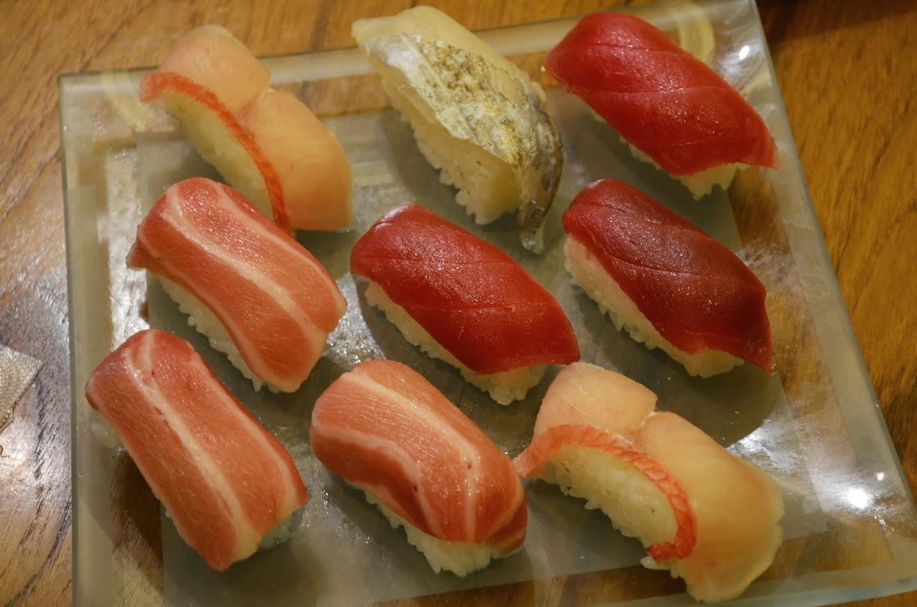 冷凍食品の握り寿司