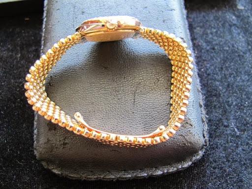Bán đồng hồ Nữ Cartier chính hãng thụy sỹ – Dòng Cartier trinity – hạt xoàn – Dây vàng 18k – 27mm