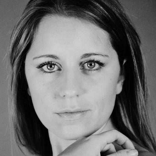 Elena Perrone Photo 4