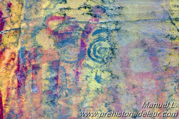 Idolos oculados en el abrigo rupestre de la Laja Alta