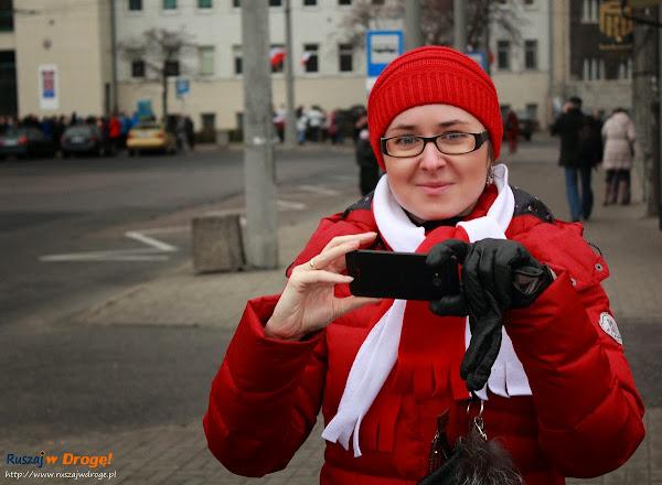 Kasia z Ruszaj w Drogę robi zdjęcia na Instagrama
