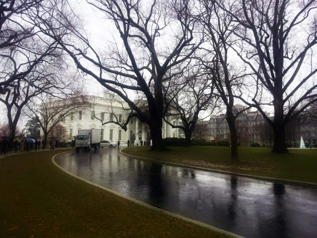 The driveway to the White House. #WHHolidays #WHTravelBloggers