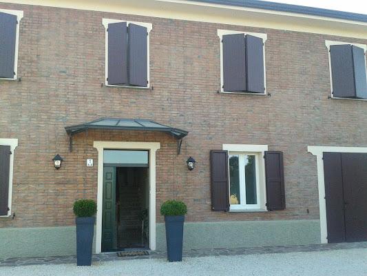 Alla Corte del Picchio, Via Picchio 1, 40023 Castel Guelfo di Bologna, Italy