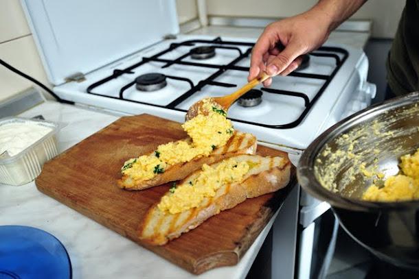 razvan anton omleta paine prajita