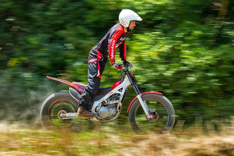 Nueva Montesa Cota 4rt Trial-excursión 2015 Cota2015STD_a005