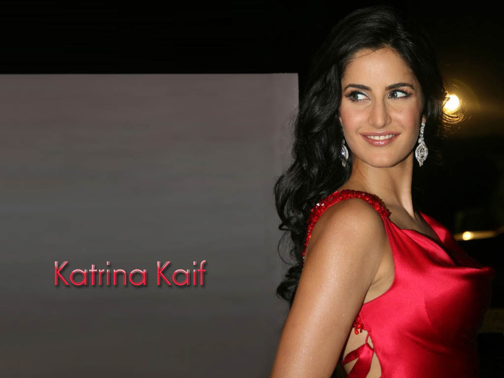 Katrina kaif hot boob show well, not