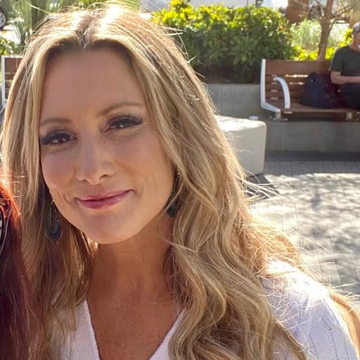 Kristina Stiles