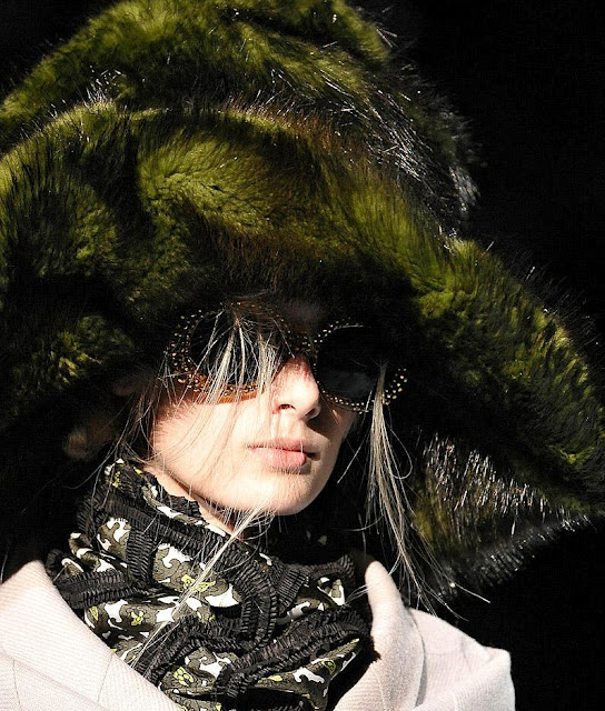 Marc_Jacobs_sunglasses_runway_show_fw_2012_201