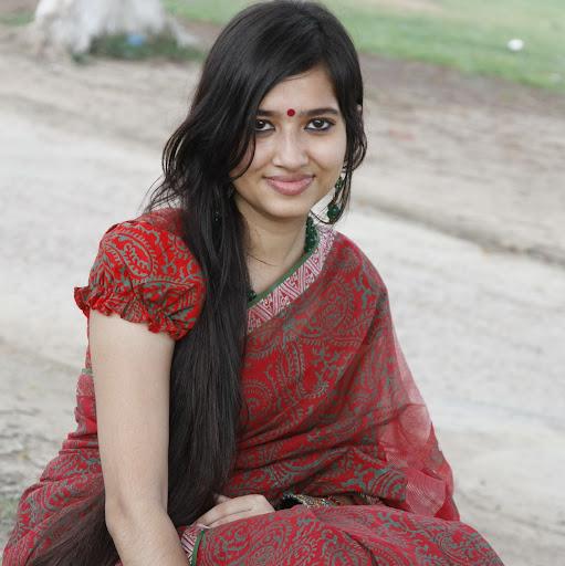 Nazia Haque Photo 7