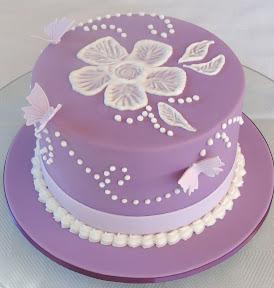Tip top hat cake