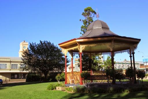 Post office tower from Belmore Park. Goulburn, Australia