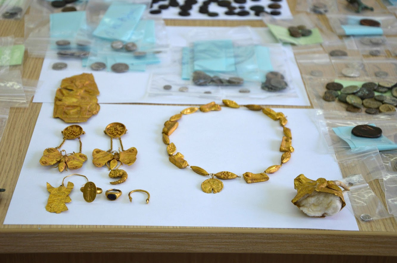 Heritage: Greek police bust gang that excavated, sold antiquities