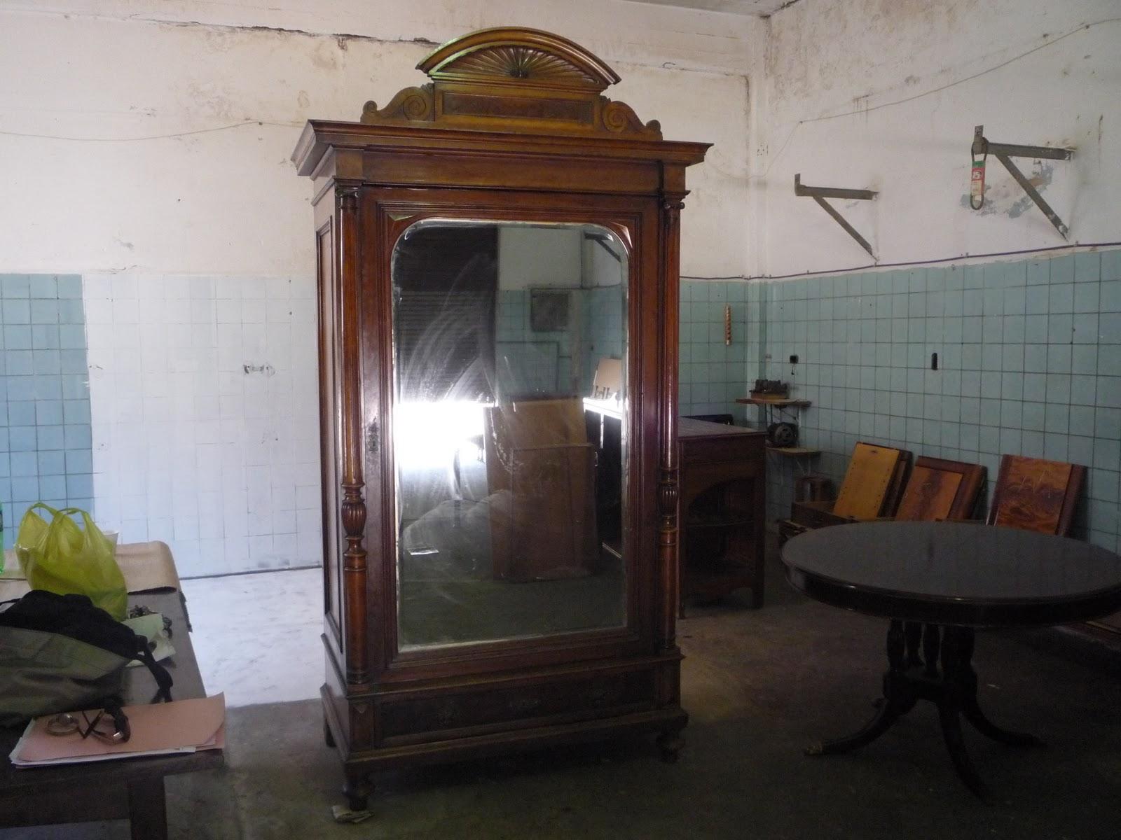 Compra venta y restauraci n de muebles ropero renacimiento for Compra de muebles