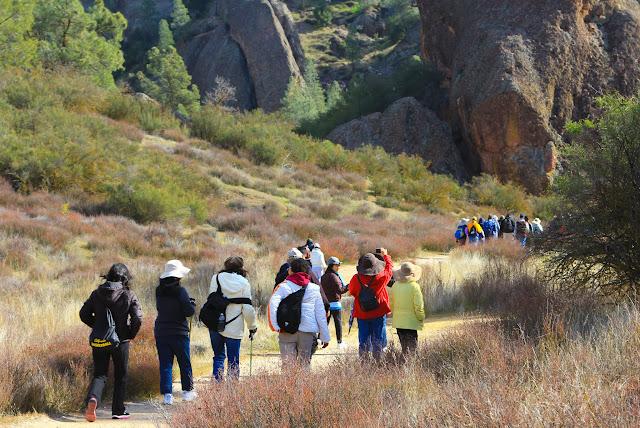Hiking in Pinnacles Natl Park h3