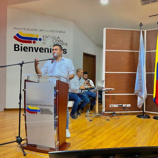 Oscar Mendoza Photo 32