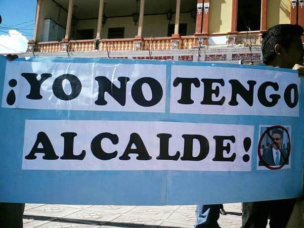 #YoNoTengoAlcalde lema de manifestantes tras una marcha pacifica